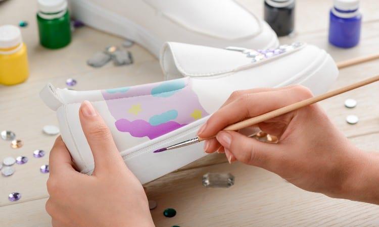 Comment peindre du cuir avec de la peinture acrylique